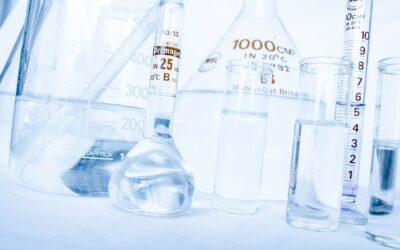 (Italiano) Laboratorio analisi chimiche: gli incentivi per l'R&S